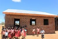 Den nya förskolan som vi kunde bygga i Mboti.
